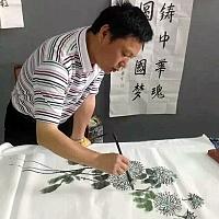 吴高龙作画